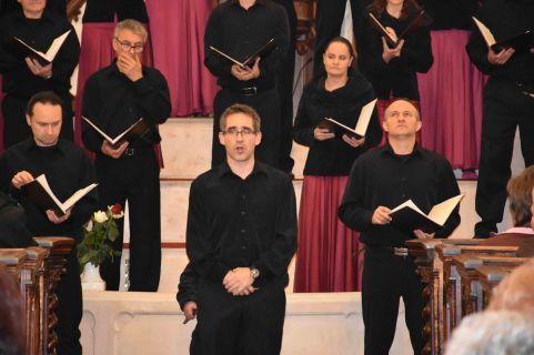 Nagypénteki istentisztelet a Cantemus Vegyeskar szolgálatával - VIDEÓ