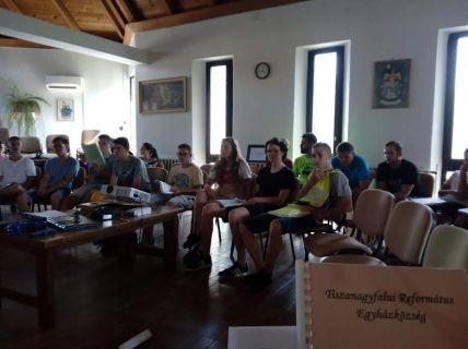 Ifjúsági bibliaórák