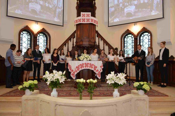 Istentiszteleten mutatkoztak be gyülekezetünk ifisei