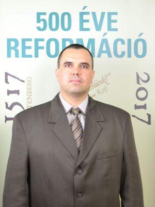 Dr. Batári László