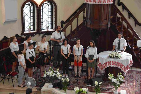 Ifjúsági istentisztelet Nyíregyházán