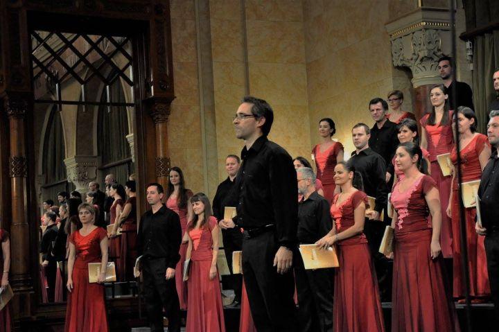A Cantemus Vegyeskar koncertezett a Nyíregyháza-Városi Református Templomban